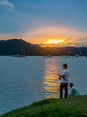 Fishing in the Amador Causeway (Bernai Velarde-Light Seeker) Tags: fishing sunset ocaso atardecer causeway amador fort fuerteamador pescando celaje travel canal zone zonacanalera bernai velarde panamacanal canaldepanama centralamerica centroamerica