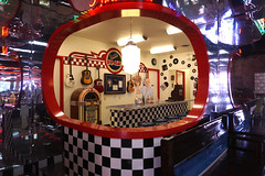 Time capsule (Francoise100) Tags: nocona nostalgia reflections artificiallight vintage popculture typical americana tx texas diner usa checkerboard neon iconic