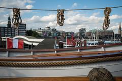 BAP-Union-Hamburg-7 (MoWePhoto.de) Tags: hamburg hafen bap union schiff segelschiff viermaster seil aufgereit beiboot aufgehängt