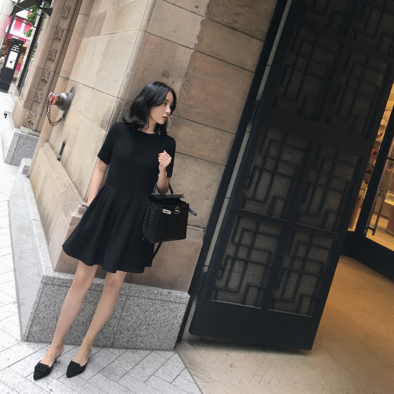 2017 new summer dress Korean Ladies temperament chic thin little black dress skirt black waist dress