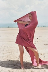 De la escena a la realidad Film Mode #Film #Retrato #Pentax #K1000 #SLR #35mmCamera #FilmLover #Proimage #LuzNatural #Jalisco #Danza #DanzaContemporanea #Artistas #Pareja #Portrait #Dance #Dancer #Dancers #BodyLenguage #Desert #Sayula #Contemporarydancer (chris_soto_99) Tags: film retrato pentax k1000 slr 35mmcamera filmlover proimage luznatural jalisco danza danzacontemporanea artistas pareja portrait dance dancer dancers bodylenguage desert sayula contemporarydancer
