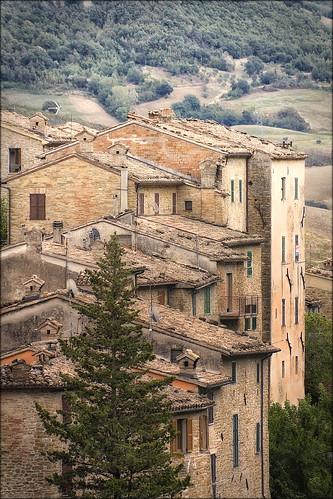 Serra San Quirico - uno scorcio