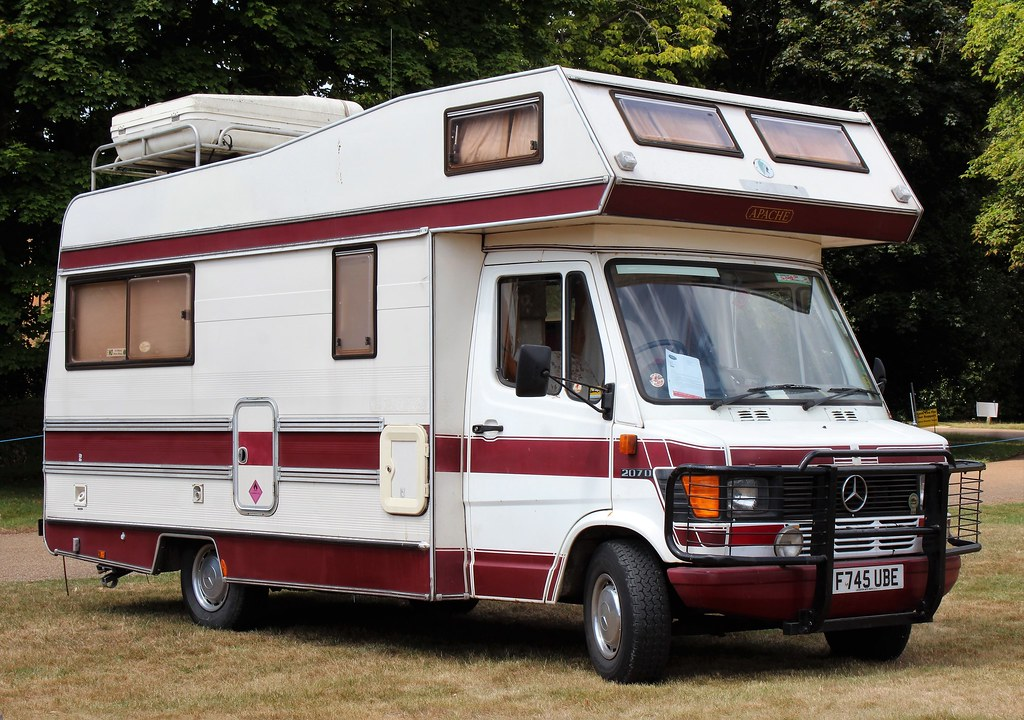 The world 39 s best photos of 207d and mercedes flickr hive for Camper mercedes