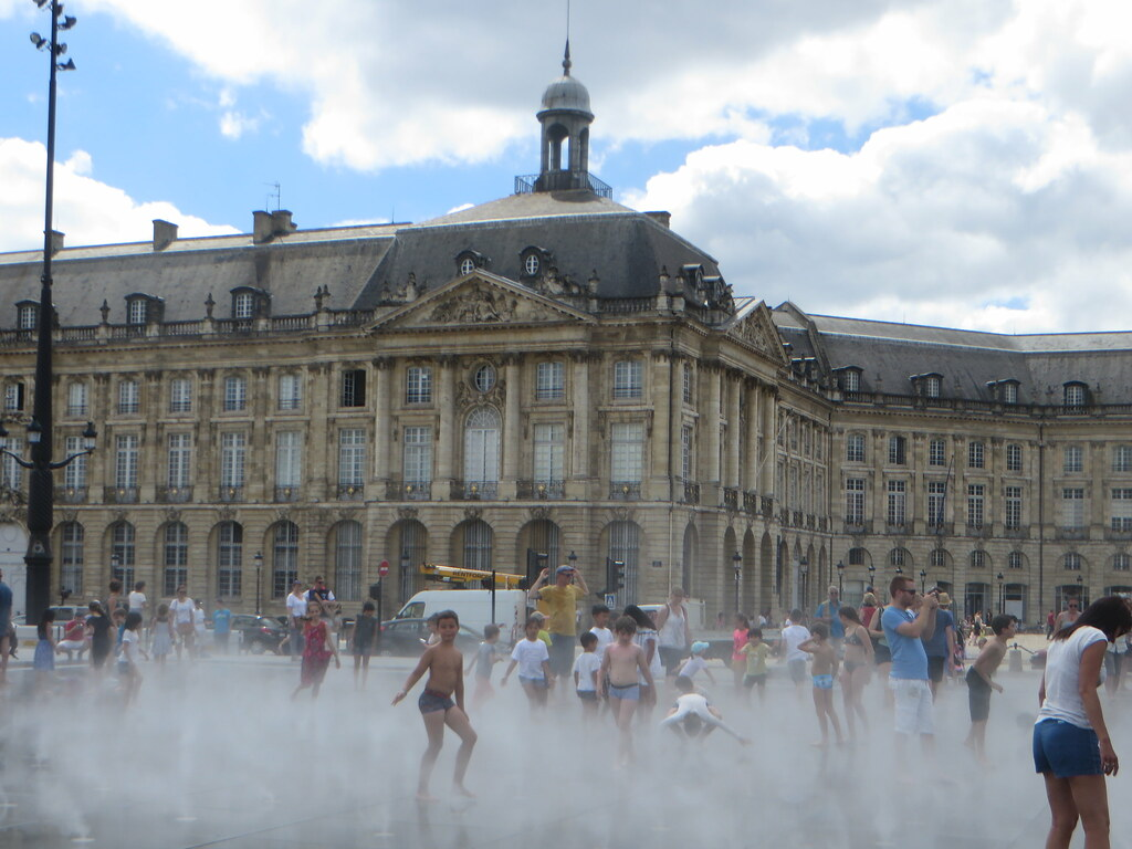 The world 39 s most recently posted photos of bordeaux and for Miroir reflet sens 90
