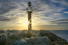 Phare (LichardPictures) Tags: phare mer mediterranée plage digue leverdesoleil hdr eau gruissanayguades paysage