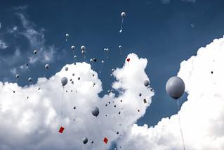 Let them fly ... Balloons @ a wedding near Bocholt, Germany