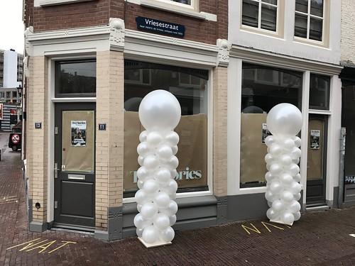 Ballonpilaar Breed Rond Two Stories Dordrecht