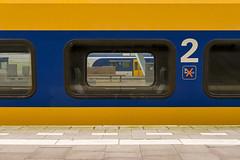 zaterdagmorgen Arnhem Centraal (Gerald Fisser) Tags: station trainstation treinstation trein train