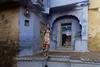 Indergarh. Rajasthan. India (Tito Dalmau) Tags: portrait street life woman house indergarh rajasthan india