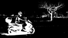 Motoqueiro fantasma (André Felipe Carvalho) Tags: moto motoqueiro bike honda fantasma preto branco