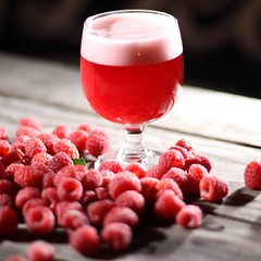The perfect beer for your August BBQ. Check out this write up about Raspberry Glow Up and our friends @hometownbarbque in Texas Monthly! http://ift.tt/2fcNOxk (folksbier) Tags: the perfect beer for your august bbq check out this write up about raspberry glow our friends hometownbarbque texas monthly httpwwwtexasmonthlycombbqberlinerweissebeerbarbecuesbestbuddy