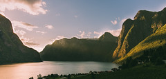 Aurland(explored) (Mika Tuomela) Tags: aurland fjords fjordscenery sognogfjordane southernnorway norway mountains mountainlandscape mountainscenery water sea fjordsofnorway nikkor20mmf18g nikond750 landscape landscapephotography scenery scandinavia photography sunlight sunbeams sunset