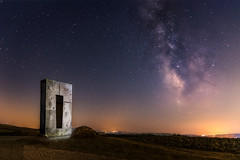 Endless (Mat Viv) Tags: canon canoneos760d canoneost6s 760d t6s sigma sigma1750mmf28 sigmalens 17mm wide longexposure night nightphotography nightsky nightscape stars milkyway galaxy universe art sculpture travel italy tuscany valdorcia fineart landscape starscape starfield fields nature naturebeauty beauty orange blue light
