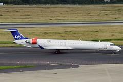 """Alfhild Viking"" SAS Scandinavian Airline System OY-KFB Canadair CL-600-2D24 Regional Jet CRJ-900LR cn/15211 ES-ACK Nordica 20. Jul 2017 @ EDDL / DUS 26-06-2016 (Nabil Molinari Photography) Tags: alfhildviking sas scandinavian airline system oykfb canadair cl6002d24 regional jet crj900lr cn15211 esack nordica 20 jul 2017 eddl dus 26062016"