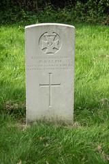 War Graves, Calne Holy Trinity (thulobaba) Tags: calne wiltshire england holytrinity churchyard headstone cwgc british army regiments ww1 ralph cityoflondonrifles 1917