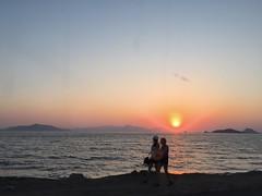 Turkey (Bodrum) Magnificient sunset at Turgutreis shore (ustung) Tags: siluette candid sea seascape shore sunset turgutreis akyarlar bodrum mugla turkey