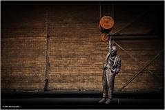 mit Freud abhängen (geka_photo) Tags: gekaphoto büdelsdorf schleswigholstein deutschland nordart 2017 hangingman davidčerný kunst skulptur carlshütte