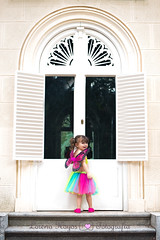 Puerta (Lorena Hoyos Fotografía) Tags: kids niños fotografía infantil retrato portrait fairy fairytale hada cuento capricho madrid