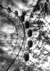 Arc at Dusk (Joseph Pearson Images) Tags: londoneye milleniumwheel sky clouds hdr photomatix blackandwhite mono bw london lookingup