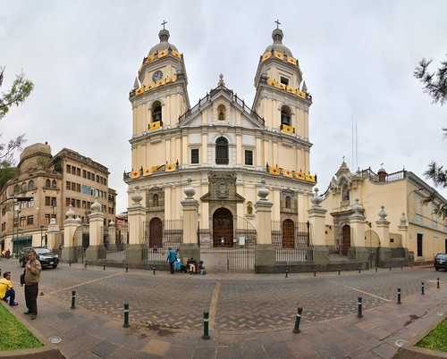 ----- Jour 2 ----- Church of San Pedro ----- Jirón Azangaro 451  istrito de Lima 15001    Peru -----