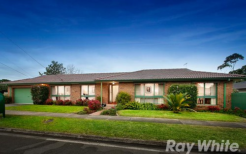 2 Ormiston Street, Mount Waverley VIC