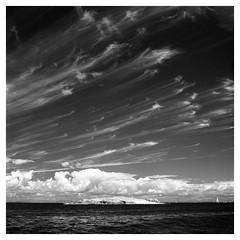 Les Glénant (Dockwoody) Tags: bretagne yashicamat124g rolleiir400 dilutionb kodakhc110 infrared infrarouge rollei clouds