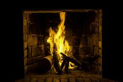 Yellow flame (luenreta) Tags: blackandyellow 7dwf crazytuesdaytheme fuego fire hot flame yellowblack