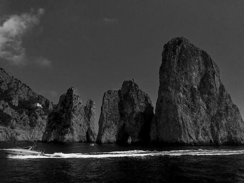 Capri Faraglioni Rock Formations | 170820-2229-jikatu