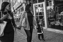 Market Street, 2017 (Alan Barr) Tags: philadelphia 2017 marketstreet marketstreeteast marketeast street sp streetphotography bw streetphoto blackandwhite blackwhite mono monochrome city candid people group fujifilm fujijilm x70