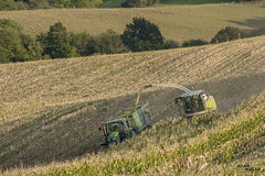 CLAAS_JD (Adam Masár) Tags: autumn work 2017 silage mais claas agricultural machinery farm day working modern agriculture landwirtschaft sky all everything machines strong great slovensko trenčiansky kraj nikon forest tree corn john deere