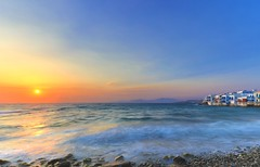 Il saluto di Persefone (Gio_ said_good_by) Tags: estate persefone sunset greece grecia seascape landscape tramonto summer wind breeze blue sea sky clouds nuvole nuances mito favola mykonos windyday sun περσεφόνη καλοκαίρι canon eos 1635 bastalego