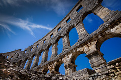 Colosseum Pula (dominidomk) Tags: pula istria croatia urlaub colosseoum stadion history romans römer bauwerk building architecure stones sky clouds