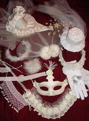 Julia Carina Design egyedi kiegeszitők eskuvő menyasszony nyaklánc maszk kesztyű ona kalap hajdisz (JÚLIA CARINA DESIGN) Tags: wedding bridal esküvő menyasszonyi fehér rózsa csipke gyöngy thüll egyedi handmade julia carina design white jewellery accessories necklace tiara maszk álarc shop budapest partyshop kiegészitő fülbevaló üzlet madeinhungary hungary jeweleryshop jewelery accessorieshop budapestjewelery handmadeaccessories ékszer bizsu earrings budapestshop pin up carneval collector burlesque horseracing fascinator hat