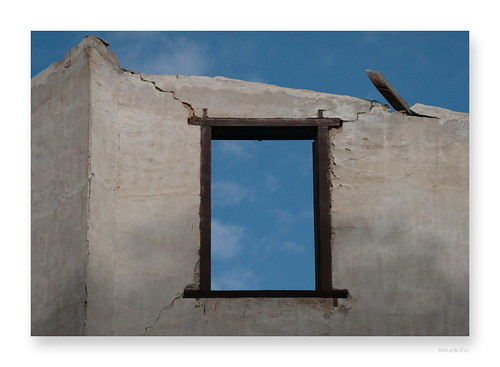 "sortons du cadre • <a style=""font-size:0.8em;"" href=""http://www.flickr.com/photos/88042144@N05/36576364810/"" target=""_blank"">View on Flickr</a>"