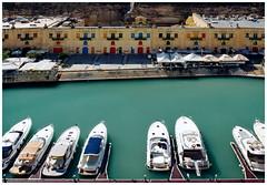 Valletta Waterfront (kurtwolf303) Tags: boote boot wasser hafen harbour harbor water sea malta valletta vallettawaterfront meer buildings gebäude olympusem1 omd microfourthirds micro43 systemcamera mirrorlesscamera spiegellos mft kurtwolf303 reisefotografie travelphotography unlimitedphotos boats 250v10f 500v20f 1000v40f topf25 topf50 topf75 topf100