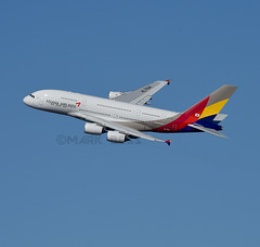 HL7641A (MAB757200) Tags: asianaairlines a380841 hl7641 jetliner jfk kjfk aircraft airplane airlines airbus runway31l jet