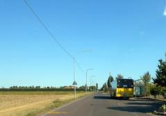 autobus Solaris Urbino al capolinea 10 frazione ALBARETO (Alefilobus) Tags: modena autobus solaris urbino solarisurbino bus transport italy buses