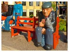 Gentleman Feeding a Pigeon (Timothy Valentine) Tags: sculpture 2017 johnhooper 0817 publicart vacation bench monday wood saintjohn newbrunswick canada ca