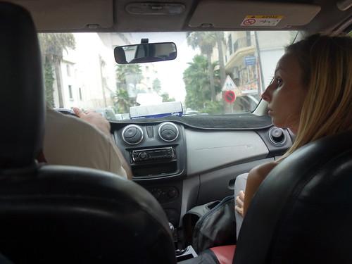 Le plus simple pour se déplacer reste le taxi rouge !