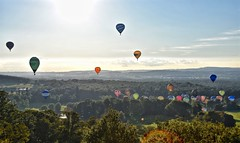 Up Up & Away (Nige H (Thanks for 10m views)) Tags: balloons hotairballoons wiltshire landscape england longleat longleatballoonsafari