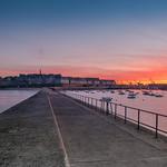 les couleurs de l'automne au lever de soleil sur la cité corsaire ( 35 Saint-malo , bretagne ) thumbnail