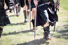 Scottish Halberdiers (GazerStudios) Tags: scottish kilts warriors battle boots livinghistory 55300mm nikond90 celtic weapons yummy armor men renaissance 15thcentury halberds sporrans leather historicalreenactment groups