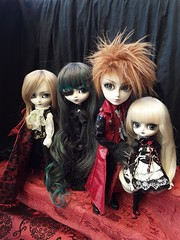 Monster Night family (Lunalila1) Tags: doll groove junplaning session pale enok ghost isul pullip taeyang valko dal vermelho jacob wilhelmina wanda lyla delirio rory monsternight themansionofimmortal