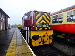 D9523 . (steven.barker57) Tags: class 14 ncb teddy bear d9532 maroon british rail railways uk england wensleydale railway heritage line preserved diesel locomotive train trains leeming bar