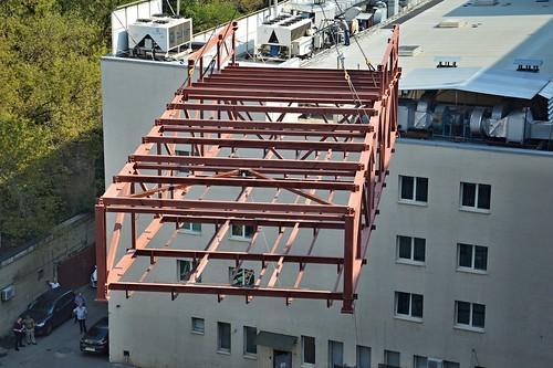 Монтаж блока ферм на конференцзале Дома Профсоюзов, Киев