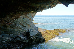 DSC08252 - Ovens Cave (archer10 (Dennis) 104M Views) Tags: ovens caves ocean sony a6300 ilce6300 18200mm 1650mm mirrorless free freepicture archer10 dennis jarvis dennisgjarvis dennisjarvis iamcanadian novascotia canada natural park