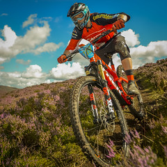 "an ""elite"" really going for it! (grahamrobb888) Tags: nikon nikond800 sigma20mmf18 scotland sunny summer bicycle bikerace mountainbike hillrace bright brightcolours speedlight flash sb700"