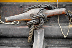 Viking Boat Knot (byzantiumbooks) Tags: werehere hereios knot cleat