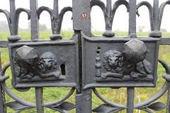 Erddig gates (daveandlyn1) Tags: ironwork gates erddig nrwrexham northwales iii f3556 efs1855mm 1200d eos canon lions
