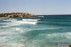 Bondi Beach, Australia (Roxanne.s) Tags: sydney australia outdoors adventure holiday travel 35mm 35mmfilm canonae1 filmphotography film beach water sea ocean national park hike friends